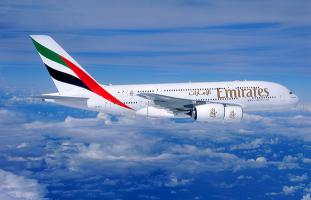 Emirates pioneers web virtual reality technology