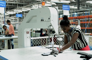 Study urges Ethiopia to assure fair wage for textiles workers