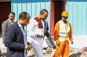 Ethiopia PM visits street children's house under-construction