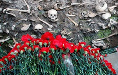 Azerbaijanis mark 103rd anniversary of March Genocide Day