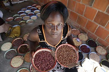 Protecting biodiversity crucial to fighting hunger